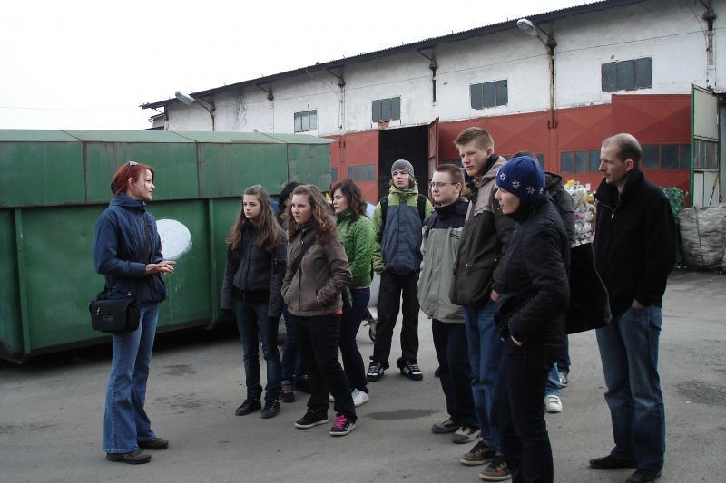 Exkurzia na zbernom dvore v Prešove so študentmi Evanjelického kolegiálneho gymnázia
