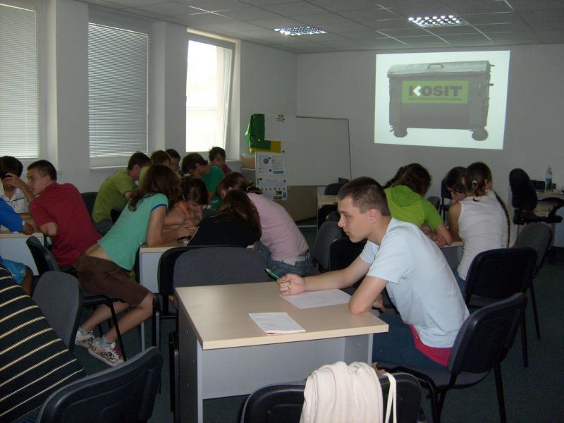 V centre environmentálnej výchovy vo firme KOSIT
